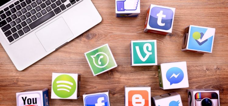 The Pros and Cons of allowing Social Media usage at the workplace